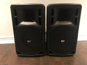 RCF Art 312a MK3 speakers Amplifié avec stands