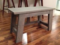 Traditional Rustic Style Bench