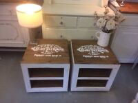 2 Solid wood lamp tables