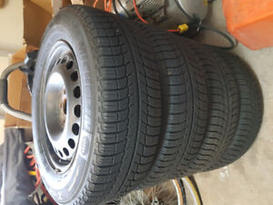MICHELIN® X-Ice® Xi3 - Snow Tires - 215/65 R 16 with Steel Rims