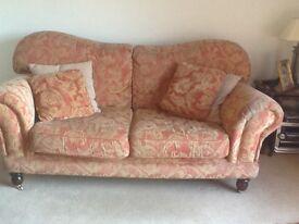 Beautiful large 2 & 3 seater sofas