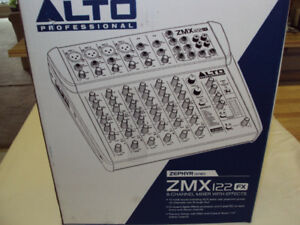 Alto Zepher  Compact 8 Channel Mixer ZMX122FX