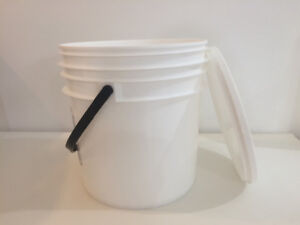 5 Litre Plastic White Pails Perfectly Clean and like New