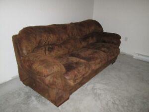 Divan/Sofa  7 1/2 pieds brun