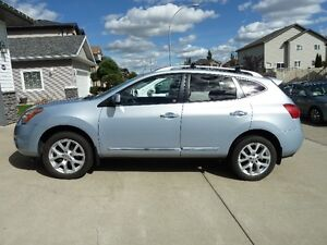 2012 Nissan Rogue SV FWD with Technology  Package