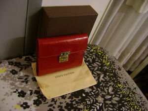 dd12fe020892 Louis Vuitton Vernis Red Wallet  SR4028 - Authentic - PRICE FIRM