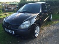 Clio Authentique FULL YEARS MOT, Sport alloy wheels with excellent tyres,drives perfect