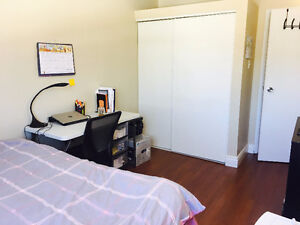 1 bedroom in 3 bed apt form 7.1-8.31 only for $400/month