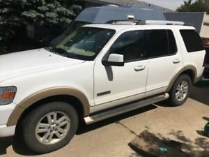 2006 Ford Explorer 4x4, fully loaded, $4000