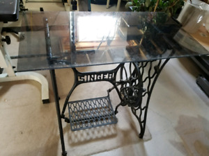 Singer sewing machine base with glass top