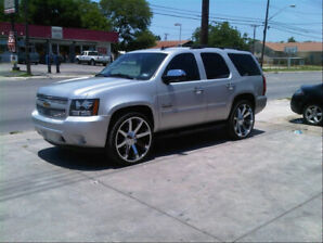 2010 TAHOE LT FULLY LOADED WITH LOW KM GOING CHEAP!!!!!!!!!!!!!!