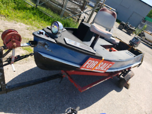 Centurion | Buy or Sell Used and New Power Boats & Motor Boats in