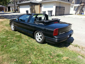 1994 Oldsmobile Cutlass Supreme Convertible,or swap low km m/c
