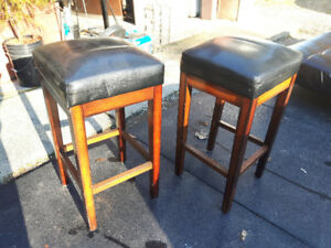 BLACK square stools