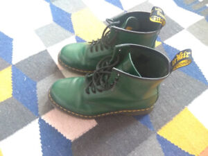 Dr Martens 1460 Boots in Green, mens size UK8 (US9)