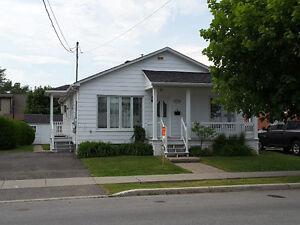 Maison Unifamiliale à vendre ou à louer