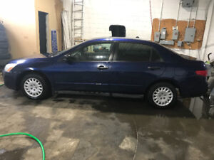 2005 Honda Accord very clean selling with Safety