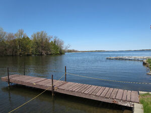 **AFFORDABLE, QUALITY WATERFRONT** Brad Sinclair Flat Rate