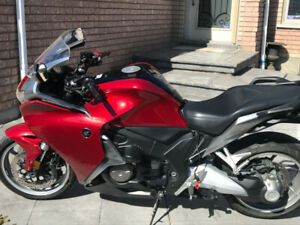 2010 Honda VFR1200 DCT Touring Red for sale