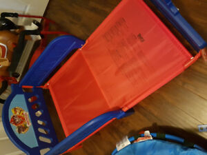Toddler bed in great condition!!