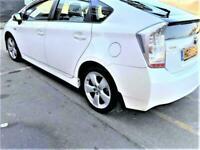 2011 Toyota Prius 1.8 Hybrid T Spirit AUTO . New PCO .LEATHER Navigation CAMERA.