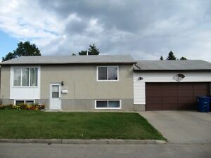 Fully Developed Home For Rent in Exhibition+ Dbl Attached Garage