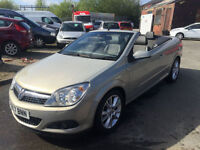 2008 Vauxhall/Opel Astra 1.9CDTi 16v ( 150ps ) Coupe 2008MY Twin Top Design