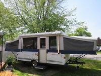 Tente-roulotte FLEETWOOD (Sun Valley)