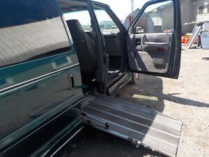 1995 Plymouth Voyager Van Wheelchair Accesible