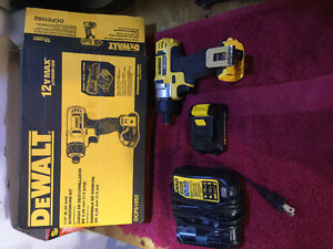 12v max dewalt drill good condition purchased not long ago!