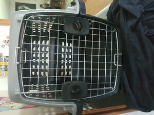 Like NEW dog crate