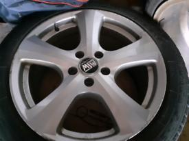 Alloy wheels 18in £100