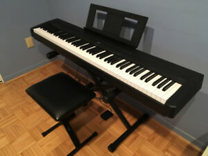 Piano YAMAHA P-45 88-Key Weighted Keys P45