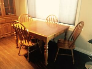 Oak table, chairs (4) and matching China Cabinet