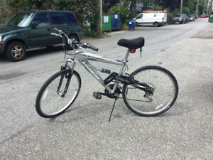 Blackhawk Nakamura 24 Speed Bike MUST SELL