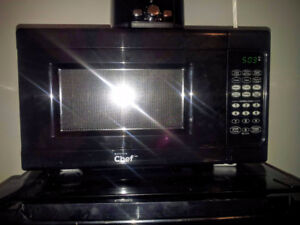 Master Chef Microwave — 700W