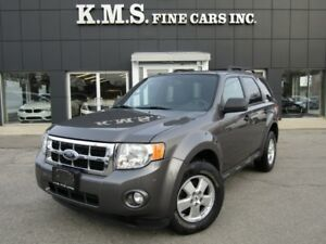 2009 Ford Escape V6  XLT LEATHER/ SUNROOF/ NO RUST
