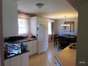 Family Home With Huge Lot and Detached Garage Stratford Kitchener Area image 3