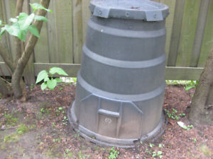 COMPOSTING BIN FOR FREE