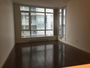 $1800 / Pet Friendly 1BR + Den at Kingsway & Nanaimo