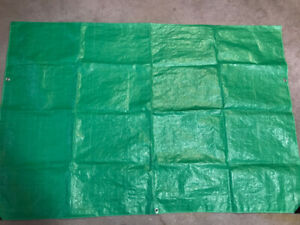 PACKAGE OF 3 SMALL TARPS