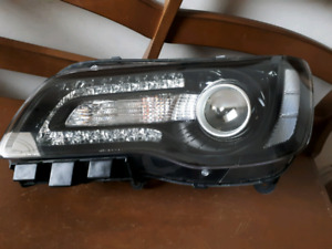 2016 Chrysler 300S Projector Headlight