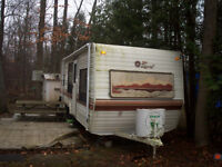 1987 Terry Resort 24' travel trailer for sale