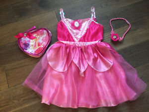 Costume / robe Barbie 4-6 ans