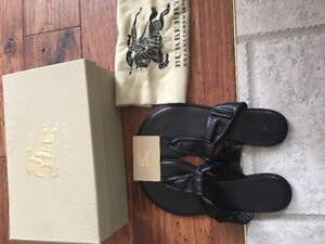 Burberry leather sandals size 39 new , authentic