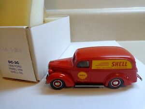 DURHAM CLASSICS DC-3C 1939 FORD PANEL VAN SHELL OIL