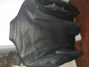 2318606a9d4 Selling LADIES HARLEY JACKETS and gloves.