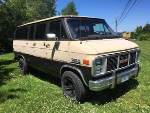 1985 GMC Rally Van Minivan, Van