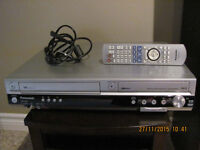 PANASONIC VCR – Fully working VCR with remote & Manual.