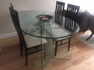 Stunning all-glass dining table + 4 chairs